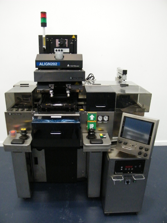 """Automatic Topside & Backside Alignment, 6""""/150mm Wafers, Cassette to Cassette, 1000W Lamphouse, UV400 Optics"""